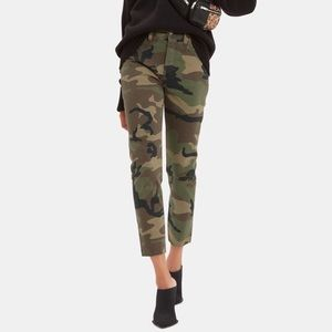 Re/Done Stovepipe Camo pant NWOT